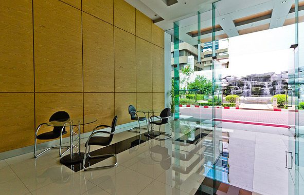 sukhumvit-living-town-lobby